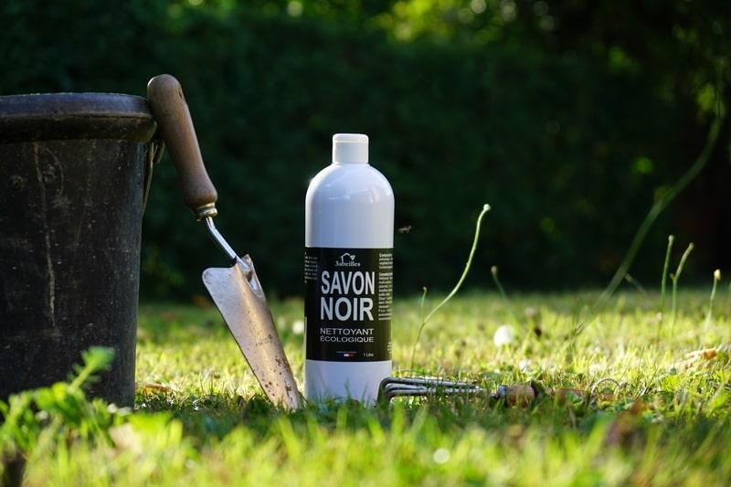 Savon noir Bio 3abeilles, entretien du jardin écologique